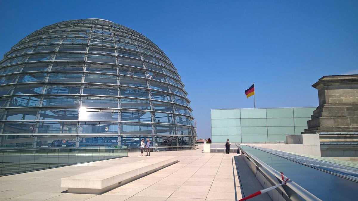 Auf dem Dach des Bundestages